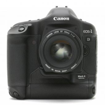 Canon D1 Mark II reflexcamera body